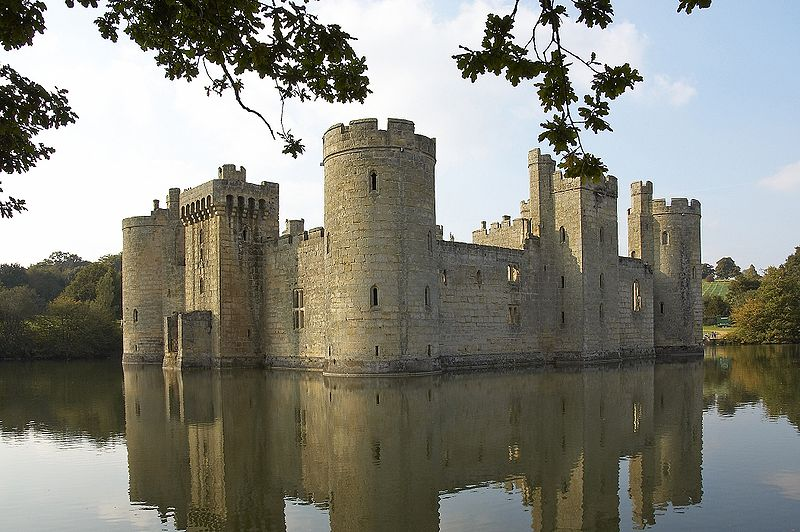 Castle Bodiam is an impregnable stone fortress!